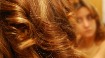 hacer que pelo rizado dure más tiempo