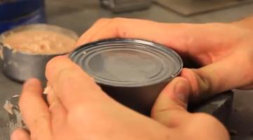 abrir lata de conservas sin abrelatas