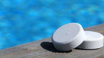 como realizar el mantenimiento y limpieza de una piscina