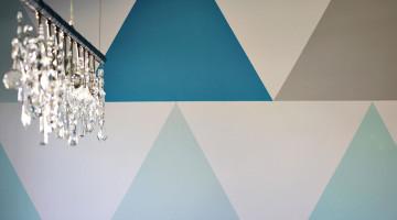 como pintar pared con triángulos de colores